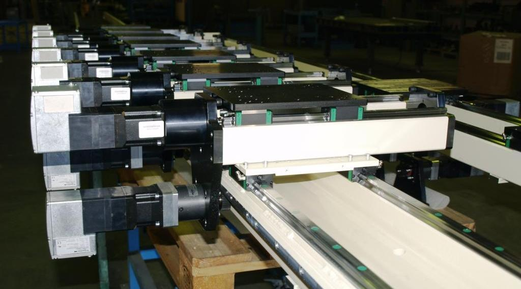 LINEAR MODULES WITH RACK AND PINION (X) AND BALLSCREW (Y)